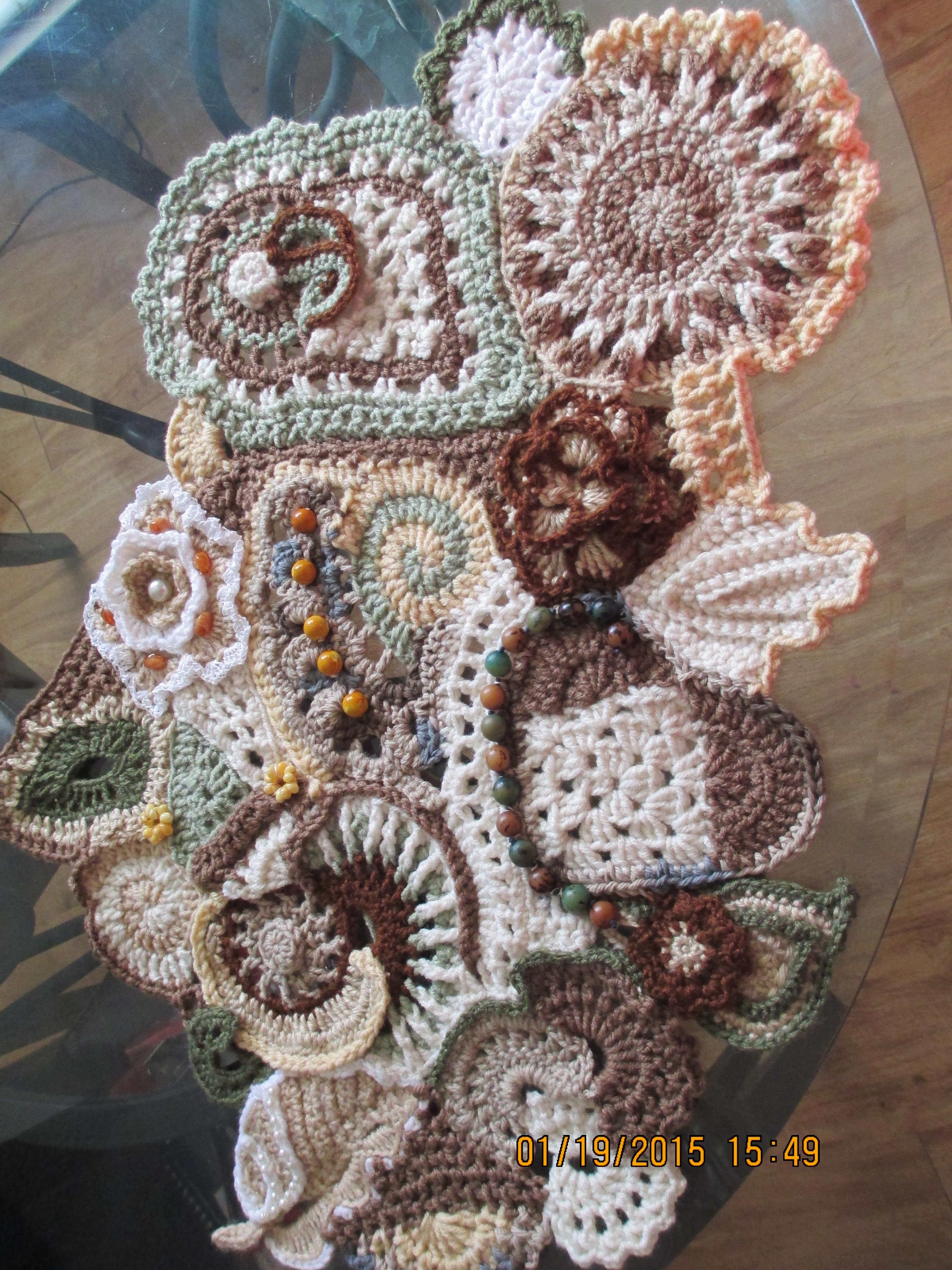 Freeform Crochet Holm Made